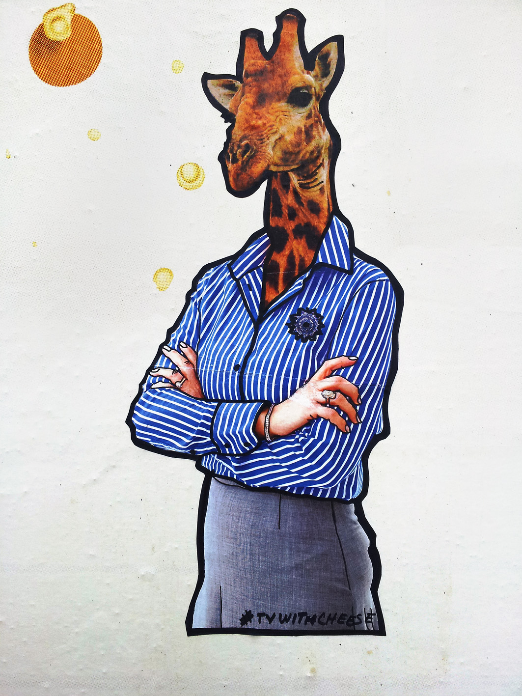 giraffe graffiti by #tvwithcheese#  billboard  xhiller foto for realeyz